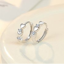 1 Pair Magnetic Slimming Earrings Love Heart-shaped Earrings Silver Lose Weight Stimulating Acupoints Health Slimming Ear Studs