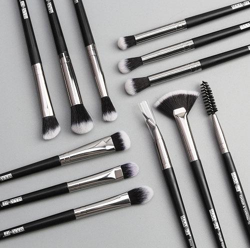 12/1pcs MAANGE Beauty Makeup Brushes Set Cosmetic Foundation Powder Blush Eye Shadow Lip Blend Make Up Brush Tool Kit