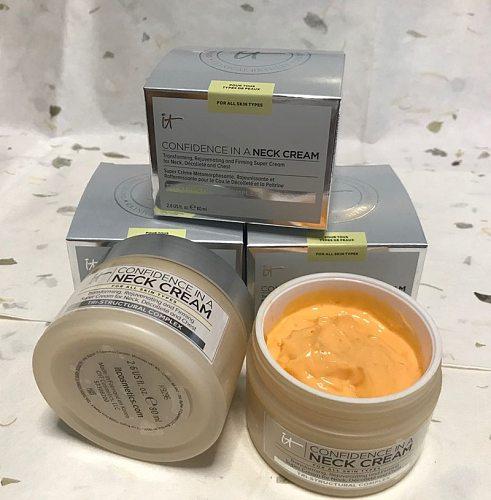 it cosmetics Neck Cream Confidence in a Neck Cream Moisturizer Moisturizing Cream Collagen Hyaluronic Acid Firmness Smoothness