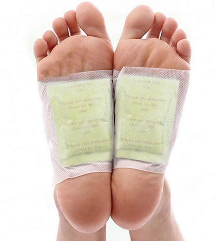 200pcs/lot  Gold Detox Foot Patch Bamboo Organic Herbal Cleansing Foot Patches (100pcs Patches+100pcs Adhesives)