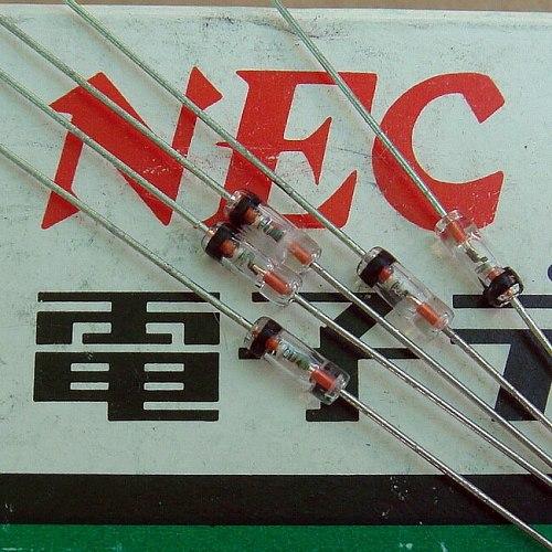 ( 5 pcs/lot ) 1SS16 NA Original Detector & Mixer Diodes
