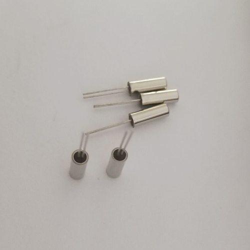 10pcs Quartz crystal Inline cylindrical crystal 2*6 206 76.8KHZ 76.800K Resonator