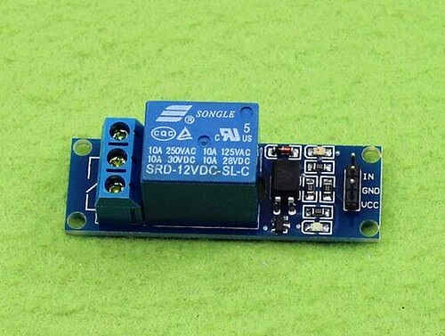 Free Shipping!!!  1 relay 5V / with opto isolation support low trigger switch / with light / Electronic Component