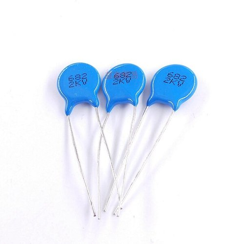 High voltage ceramic capacitor 682 2KV 2000V6800Pf 6.8nf size 10.8*10.6*2.0MM