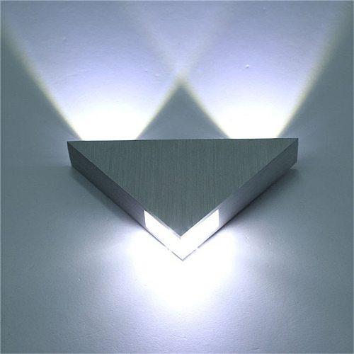 Indoor LED Lighting Aluminium 3W Wall Lamp Triangle Shape Modern Bedroom Beside Light for Home Decor AC110V 220V