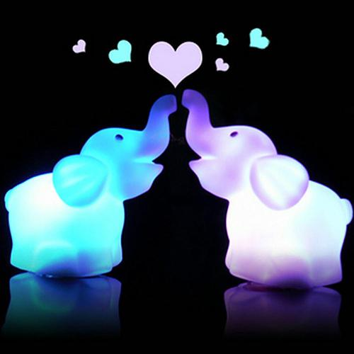 LED Night Light Lamp 7 Color Changing Cute Elephant Shape Wedding Party Decor with Battery For Home