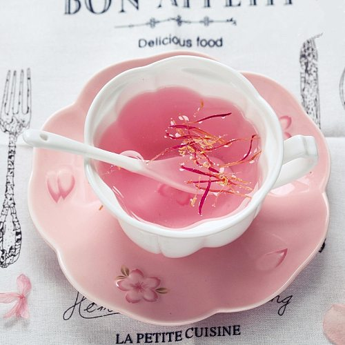 Embossed Cherry Blossoms Bone China Coffee Cup and Saucer Set Ceramic Afternoon Tea Flower Tea Teacup With Spoon Drinking Ware