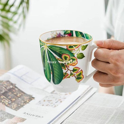 Classic porcelain coffee gold mug for tea Ceramic coffee cups set Novelty Christmas  Gifts