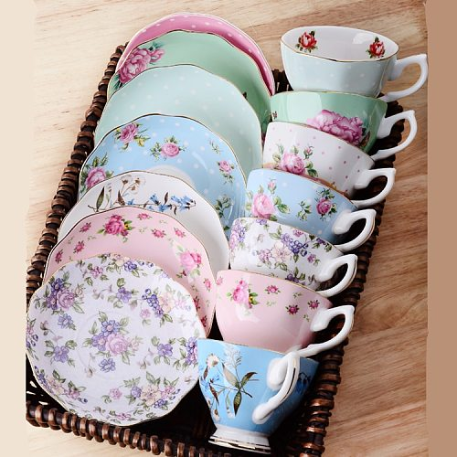 1 PC Ceramics Afternoon Black Coffee Tea Cup European Style Bone China Coffee Cups & Saucers Spoons Drinkware Set with Gift Box