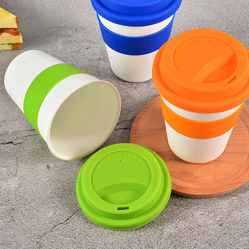 1PC New 400ml Reusable Heat Insulated Plastic Travel Mugs Tea Coffee Travel Mug Cup with Non-slip Sleeve and Silicone Lid