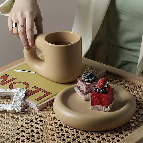 320ML/380ML Nordic Ceramic Mug Fat Handle Coffee Cup And Saucer Set High Temperature Heat Insulation Water Self Stirring Mug Set