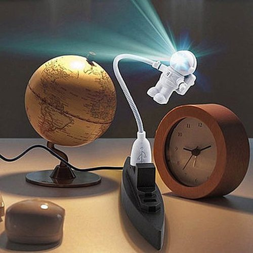 New Style PureWhite Cool New Astronaut Spaceman USB Light LED Adjustable Night Light For breast-feeding Computer Lamp Desk Light