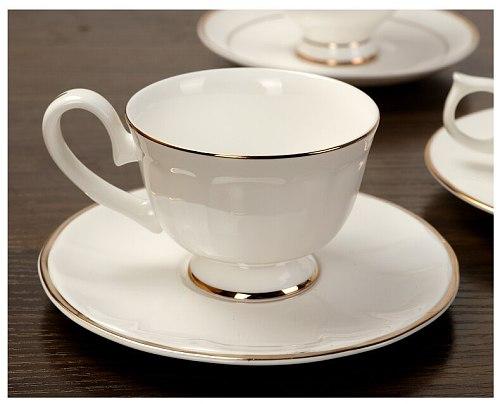 European Bone China Coffee Cups Set Ceramic White Tea Cups and Saucers Set Spoon Sets Simple Tasse A Cafe Porcelain Mugs AC50CK