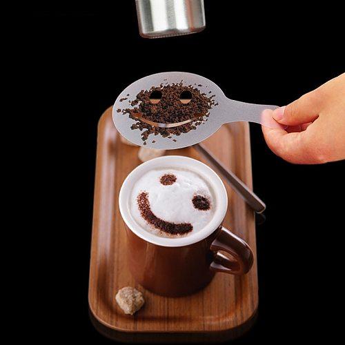 16Pcs/Set Coffee Stencils Drawing Die Tools Fancy Coffee Printing Model Plastic Spray Template Mold for Coffeeware
