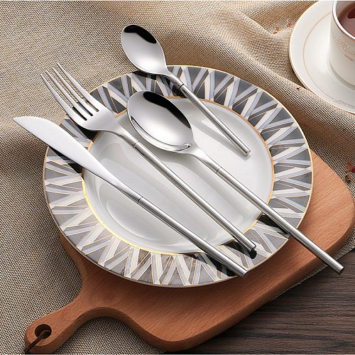 18/10 Stainless Steel Dinnerware Set 24-piece Korean Style Luxury Solid Silver Cutlery Set Top Knifes Tablespoons Forks for Food