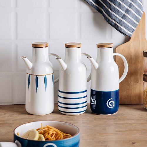 Hand-painted Oil Pot Storage Ceramic Vinegar Gravy Boats Bottle Japanese Creative Sauce Long Mouth Oil Bottle Kitchen ToolsLB467