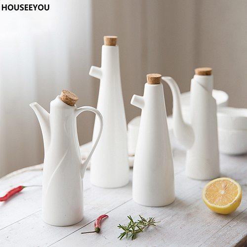 Ceramic Gravy Boats Porcelain Olive Oil Soy Sauce Vinegar Seasoning Pot Can Bottles Kitchen Accessories Tools Storage Gravy Boat