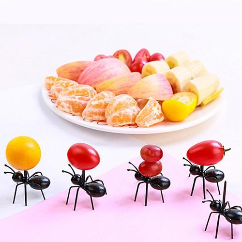 12pcs / Set Mini Fruit Ant Fork Cutlery Plastic Cake Dessert Forks Food Pick Table For Party Decoration Kitchen Tools