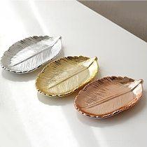 Gloden Ceramic Leaves Ceramic jewelry plate ceramic gold leaf plate European ceramic jewelry collection plate home accessory