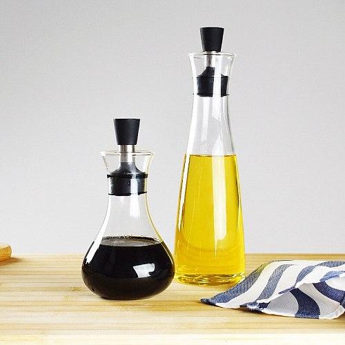 Lead-Free Glass Oil Jug Transparent Borosilicate Sealed Oil Unique Design oil dispenser  olive oil bottle  gravy boat