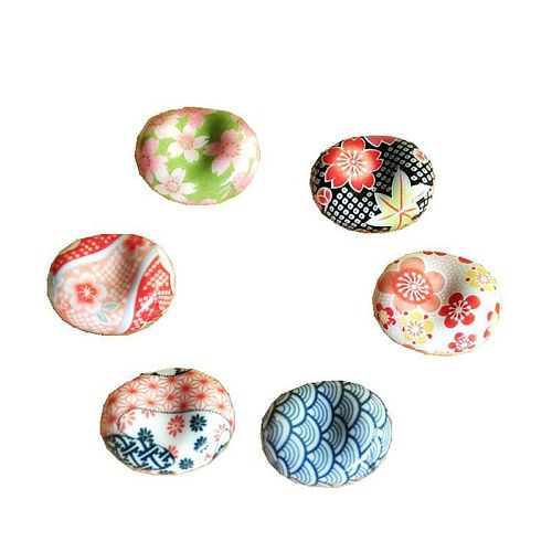 2020 Popular New Cute Cartoon Japanese Ceramic Decorative Chopsticks Holder Rack Spoon Fork Rest Kitchen Tableware Hot Sale