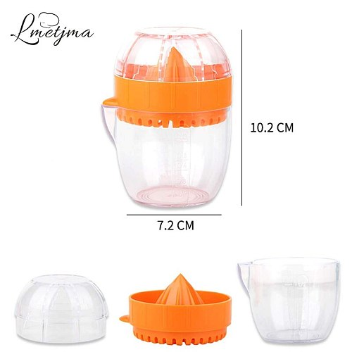 LMETJMA Lemon Squeezer With Lid Plastic Manual Lemon Juicer Orange Press Cup Citrus Squeezer with Pour Spout Fruit Tools KC0130