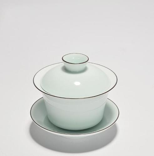 1PC Hand Made Celadon Tea Tureen Chinese Style 150ml Ceramic Gaiwan High Quality Kung Fu Tea Set Tea Ceremony Necessary