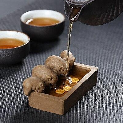 ZiSha Tea Pet Purple Clay Tea Pet Little Pigs Drink Water Chinese Crude Pottery Kung Fu Tea Set Home Decoration Tea Accessories