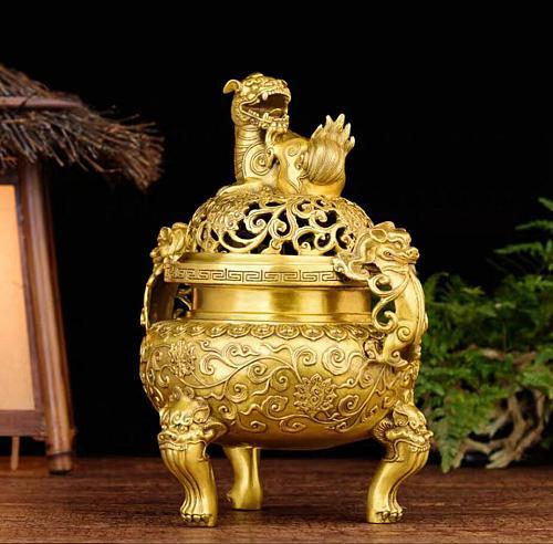 Copper Statue Pure copper  tea ceremony flow  tea room study antique Daming incense burner dog tripo