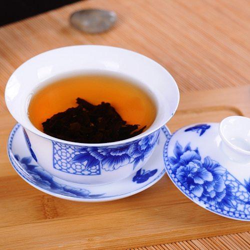 180ml Blue and White Porcelain Gaiwan Chinese Jingdezhen Ceramic Tea Tureen Home Kung Fu Teaware Set Tea Infuser for Pu'er