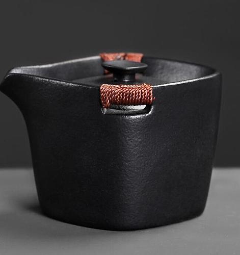 Portable Japanese Gaiwan Fashion Black Pottery Tea Sets Ceramic Teapot Kettle Tea Tureen Kung Fu Tea Sets Retro Drinkware Gift