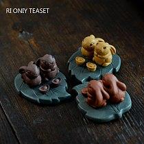 Yixing Handmade Purple Clay Tea Pet Rabbit Model Sculpture Crafts Animal Figurine Ornaments Chinese Tea Set Art Decoration Gifts