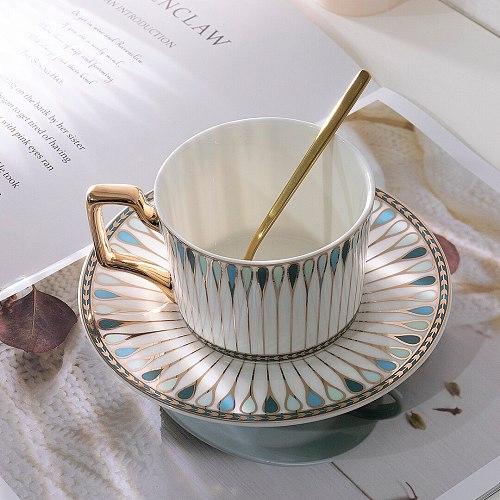Aesthetic European Ceramic Coffee Cup Set Handmade Summer Bone China Cup Teacup Original Reusable Travel Caneca Espresso Cups