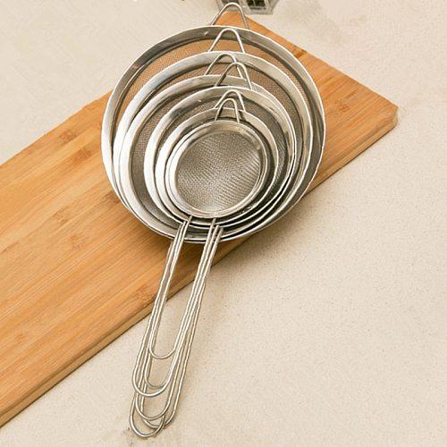 1pc Hot Stainless Steel Kitchen Flour Handheld Screen Mesh Kitchen Tools Strainer Flour Sieve Oil Strainer Colander Dropshipping