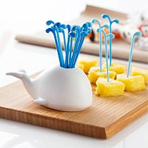 HOT 16 Pcs/Set Cute White Whale Fruit Fork Cake Snack Food Fruit Dessert Pick Toothpick TI99