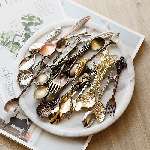 6Pcs/Set Retro Vintage Royal Style Carved Coffee Spoon Teaspoon Retro Gothic Pattern Carved Coffee Tea Sugar Kitchen Cutlery