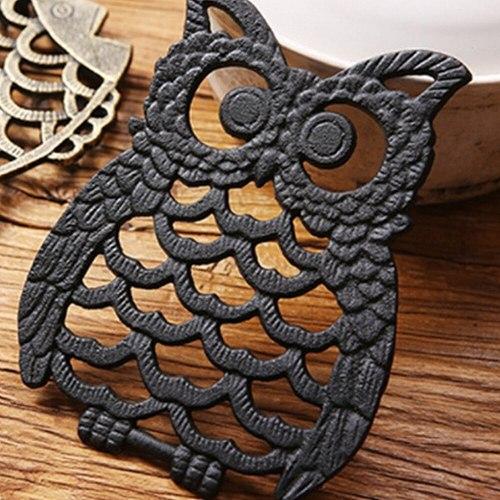 1 Pcs Cast Iron Owl Teapot Round Pot Holder Hollow Mat Insulation Pad Table Decor Kitchen Bar Teapot Trivets