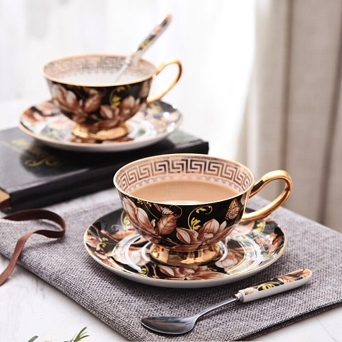 European Magnolia Pattern Bone China Coffee Cups And Sauces Hand-Painted Gold English Afternoon Teacup Sets With Spoon 220Ml