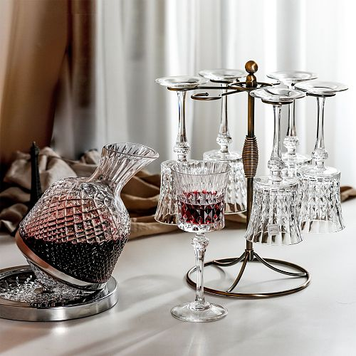Rotating Tumbler Wine Decanter Goblet Set Luxury European Carved Glass Red Wine Bottle Cups Home Bar Creative Wineware Sets