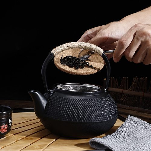 Japanese Iron Tea Pot with Stainless Steel Infuser Cast Iron Teapot Tea Kettle for Boiling Water Oolong Tea ZM1031
