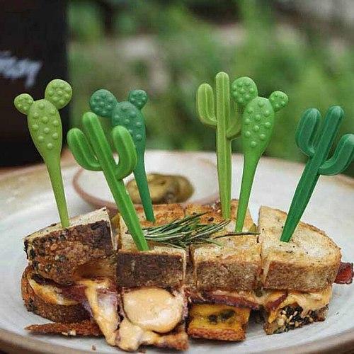 6pcs/pack Green Cactus Fruit Forks Plastic Toothpick Kids Tableware Fruit Fork Food Picks