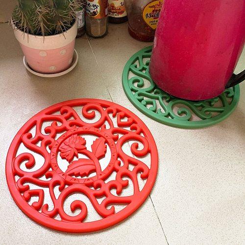 Exquisite Cast Iron Teapot Trivets Teapot Holder Chrysanthemum Pattern Pot Mat Kitchen Teaware Tea Ceremony Accessories