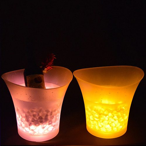 7 Color LED New 5L Waterproof Plastic LED Ice Bucket Color Bars Nightclubs LED Light Up Champagne Beer Bucket Bars Night Party