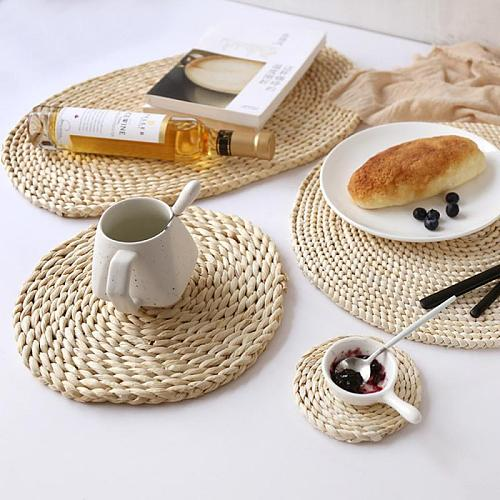 Pans and Teapots,Natural Wooden Heat Resistant 4 Pcs Natural Weave Placemats Round Braided Rattan Tablemats For Coasters, Pots