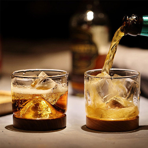Whiskey Glass Small Glass Japanese Style Mountain Wooden Bottom Wine Glass tight texture beautiful waterproof easy to clean