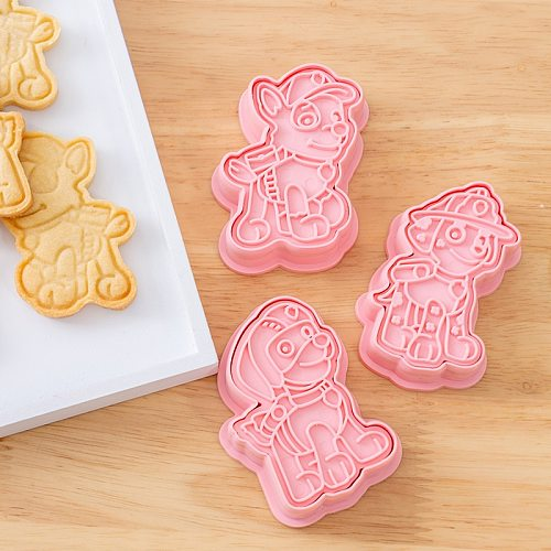 6 pcs Dog Design Birthday Toy DIY Figure Model Cookie Cutters 3D Plastic Pressing Model Toy Children Christmas Gift kitchen tool