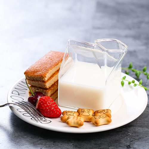 Creative Cream Bottle Square Mugs Glass Wine Milk Cup Home Kitchen Tableware for Household Kitchen Easy Supplies