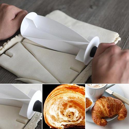 Plastic Handle Rolling Cutter for Making Croissant Bread Dough Pastry Wheel Knife Croissant Kitchen Baking Tool