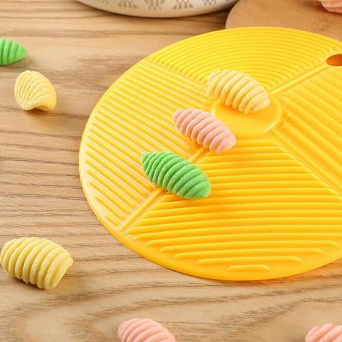 Plastic Board Spaghetti Macaroni Pasta Maker Rolling Pin Baby Food Supplement Molds Manual Kitchen Tool Cooking Pastry Board