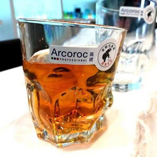 Set of 2 irregular style fashion party club whiskey wine glass cups GLA-148